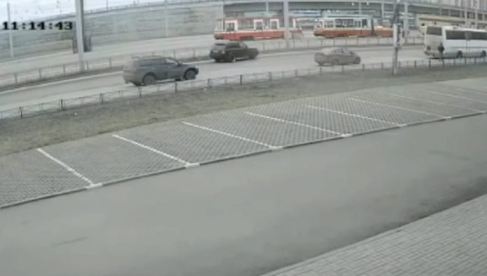 Employee car smashed stolen from the Deputy head of russiatourism SUV