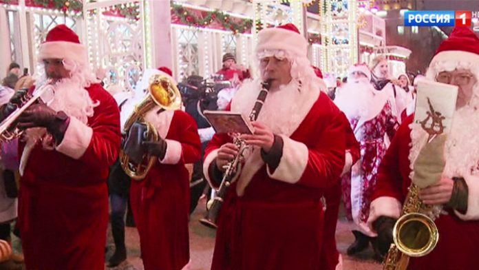 Moscow new year: festive fun and gift fair