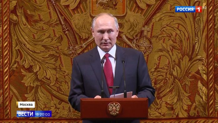 Putin wished a successful 2020 from the stage of the Bolshoi theatre