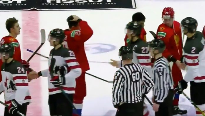 Russian hockey players refused to shake hands with the captain of the canadian Junior team