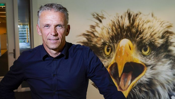 Vitesse named successor Slutsky