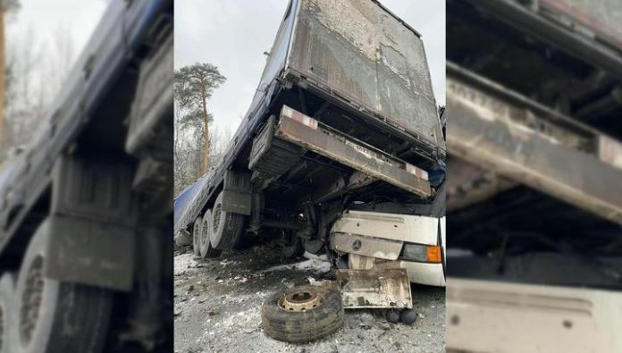 A bus with young athletes got into a massive accident in the Kama