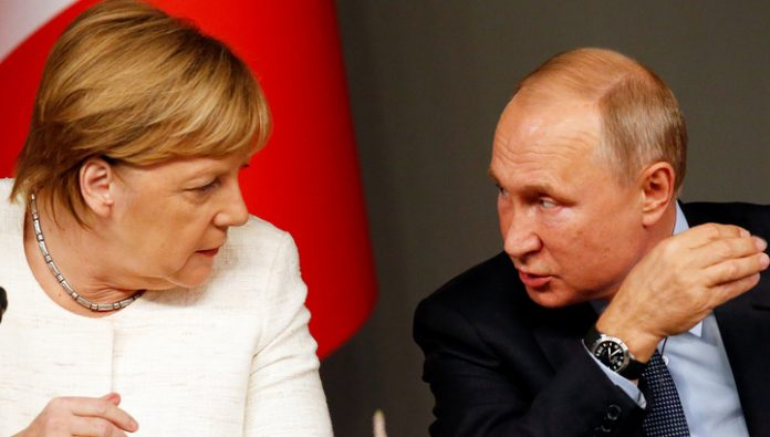 Began the meeting of Putin and Merkel