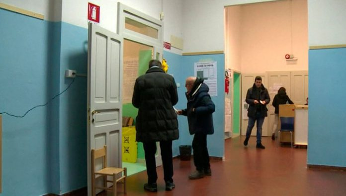 Berlusconi: the results of the regional elections require a change of government in Italy