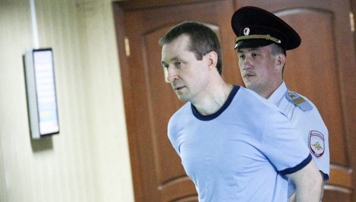 Convicted ex-Colonel Zakharchenko got into a fight with another inmate