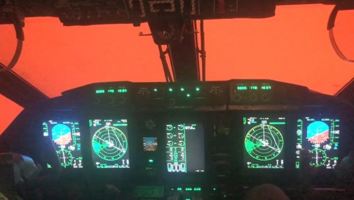 Crimson sky: the Australian pilots have shown, in what conditions it is necessary to fight the fire