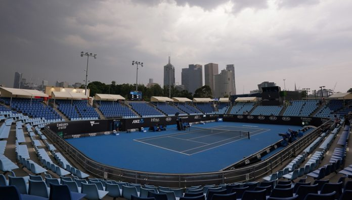 Games of qualifying of the Australian Open once again stopped due to fires