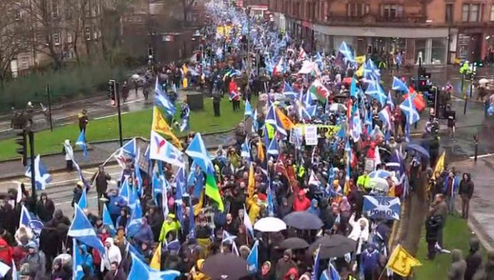 Hundred of thousands of supporters of Scottish independence marched through Glasgow