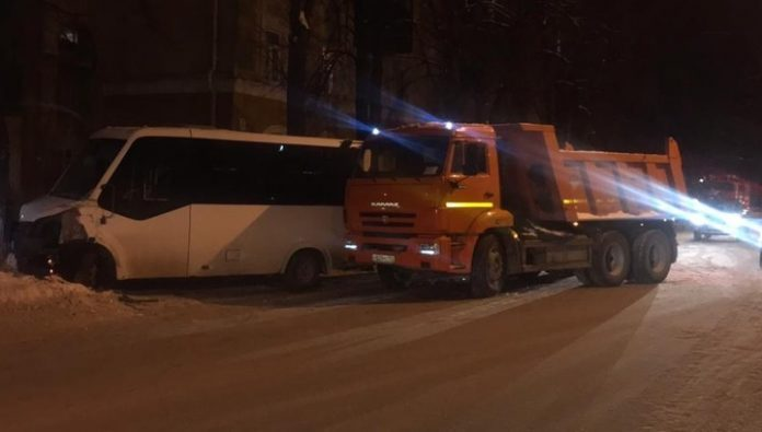 In a traffic accident with a bus in Ufa, three passengers were taken to hospital