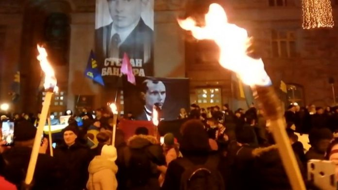 In Kiev, nationalists celebrated the birthday of Bandera torchlight procession