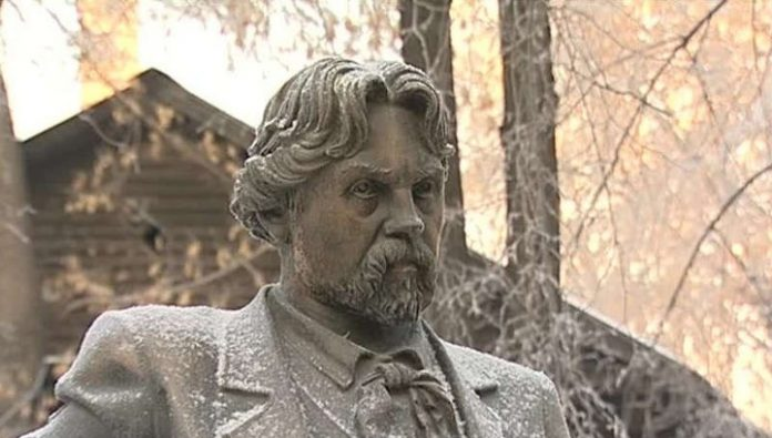 In Krasnoyarsk celebrate the 172 anniversary of Vasily Surikov