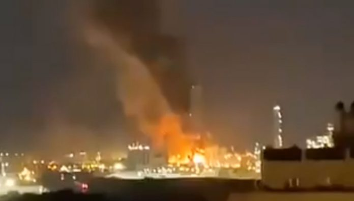 In Spain at a petrochemical plant explosion there are victims