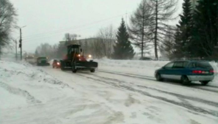 In the Altai region declared a storm warning due to snow storms