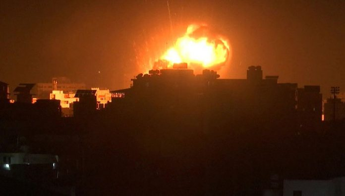 Israel returned fire on the launching of balloons with explosives from Gaza