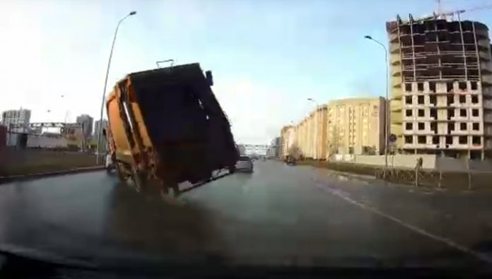 Last second travel speed of the truck in St. Petersburg was caught on video
