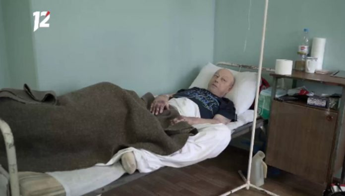 Omsk doctors of the day refused to bandaging a man with a rotting leg