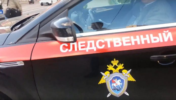 Omsk schoolgirl stabbed mother caught her in bed with her lover