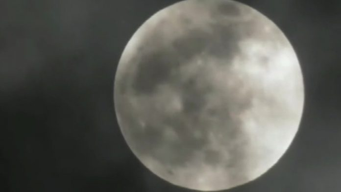 People in the North-Western part of Russia saw a lunar Eclipse
