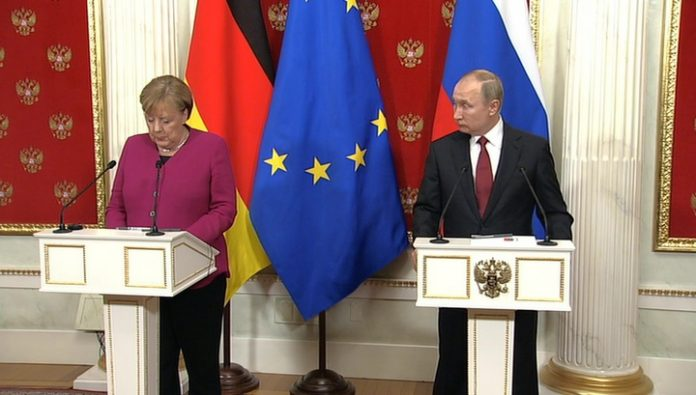 Putin and Merkel talked for an hour longer than expected