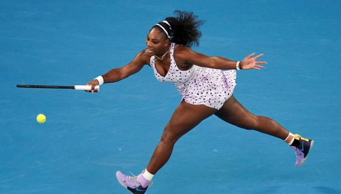 Serena Williams advanced to the third round of the Australian Open