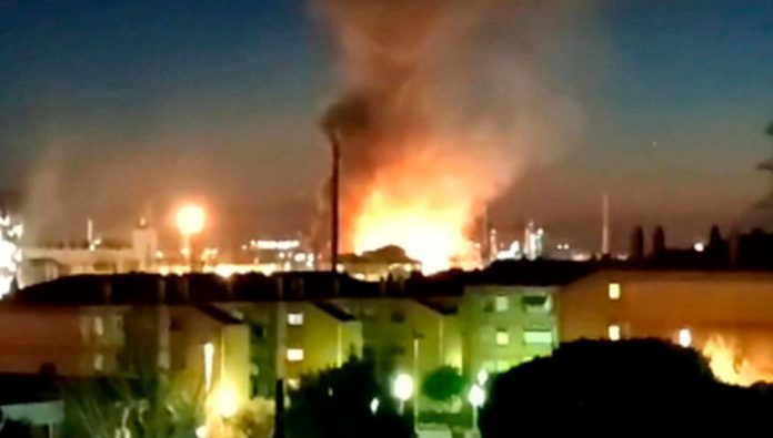 The explosion at the chemical plant in Spain: one person killed, eight injured