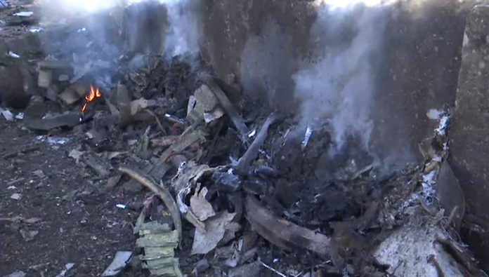 The fire around the fuselage: Ukrainian Boeing caught fire in the air