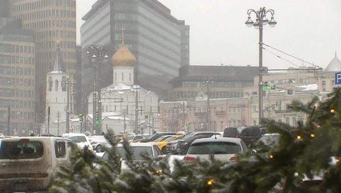 The snow that fell in Moscow, actively melt away will not