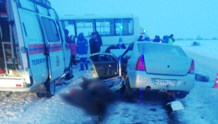 Two of the dead appeared to footage from the scene of fatal accident with bus near Arzamas