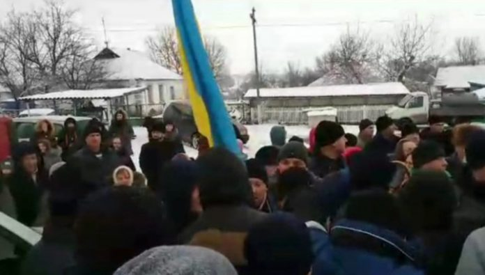 Ukrainian schismatics seized the Church under the Ivano-Frankivsk