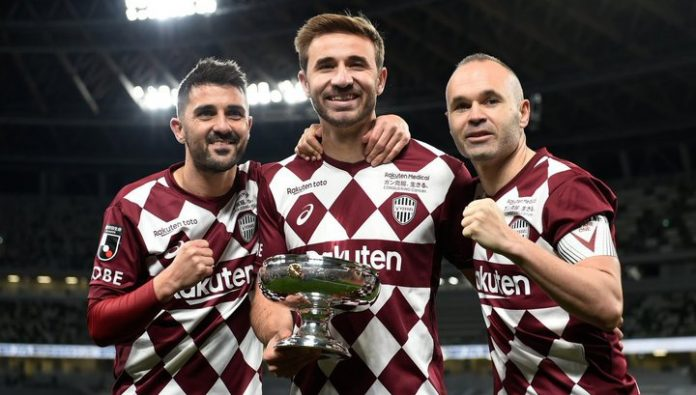 Villa ended his career winning the Japan Cup