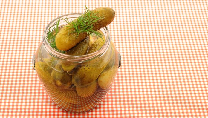 Who expert urged not to be treated pickles and cheese