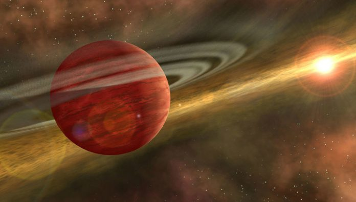 Discovered a record close to Earth the planet is a newborn giant