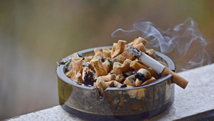 Extinguished cigarettes continue to allocate a large amount of harmful substances