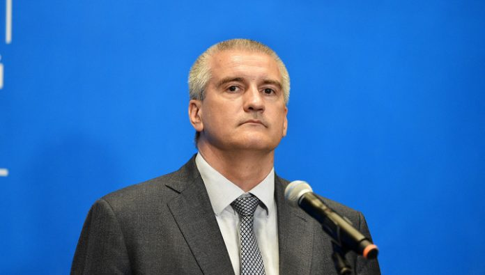 Aksyonov refused to ask for water from Zelensky