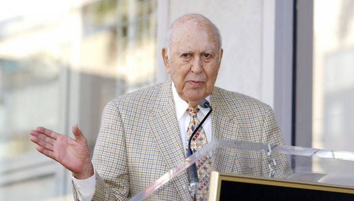 Died a famous comedian Carl Reiner