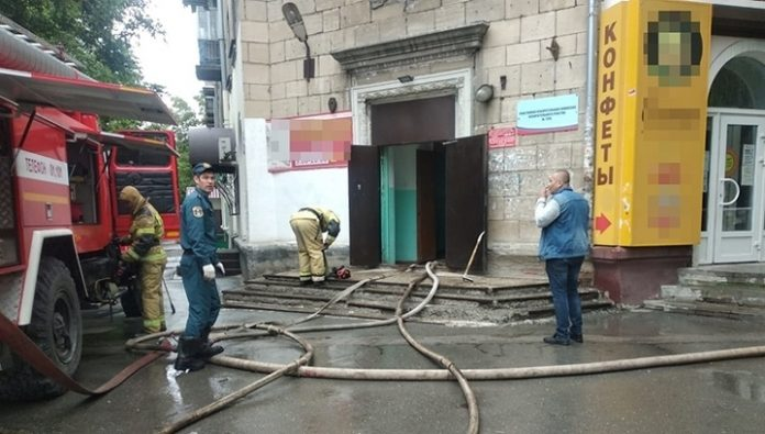 In Novosibirsk firemen have rescued from burning house 30 people