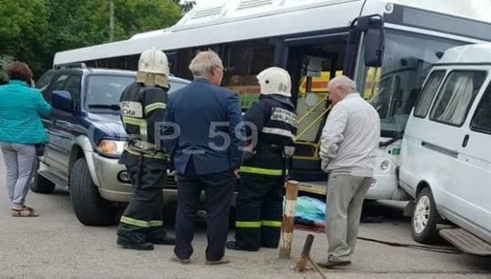 In Perm, began checking on the fact of fatal accident with bus