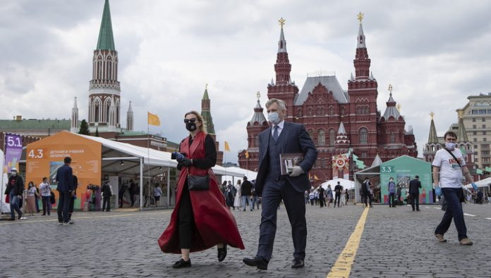 Most of Russians approved a tax increase for the wealthy