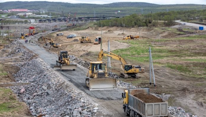 Near Murmansk laid the first 700 meters of the railway to bypass the collapsed bridge