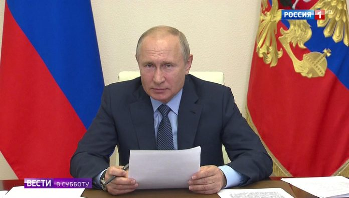 Payments, drugs, the fight against the coronavirus: the President talked to the doctors