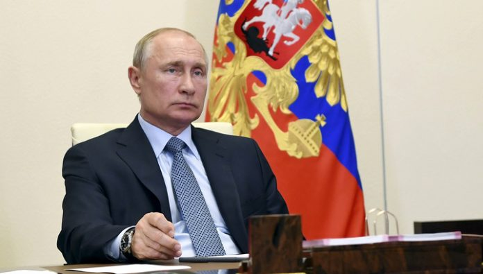 Putin supported the idea of renaming streets and made promises to veterans