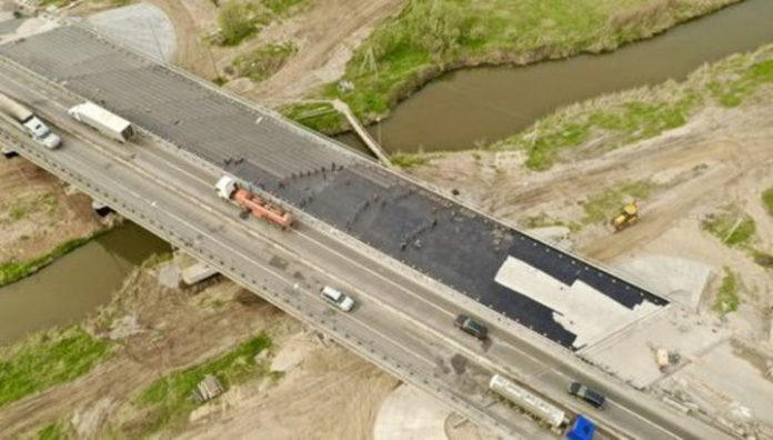 The construction of the highway Moscow – Kazan in four years: workable supertasks