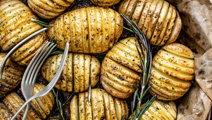 With onion and herring: a nutritionist rehabilitated potatoes. But not all