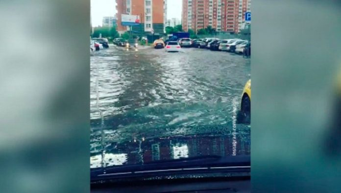 Due to heavy rains flooded several districts of Moscow and Moscow region