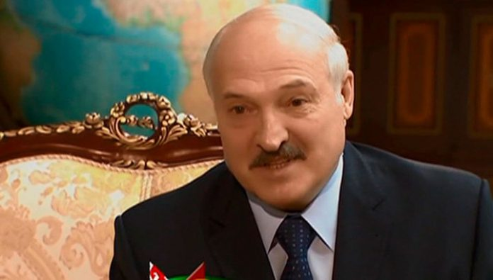 Lukashenko has suggested Sberbank of Russia to Finance large projects of Belarus