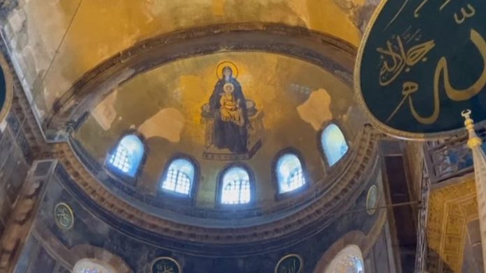 Patriarch Kirill urged to maintain the neutral status of Hagia Sophia