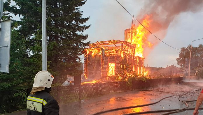 The fire that destroyed the Church in Tomsk, became a personal tragedy for the villagers